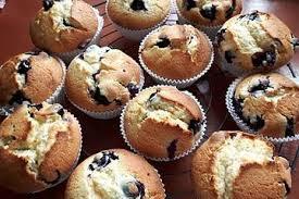 weiße schokoladen blaubeer muffins