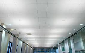 comment poser un plafond suspendu