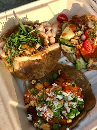 OC] Guerrilla Tacos Food Truck- LA (seared Bass Summer Squash ...