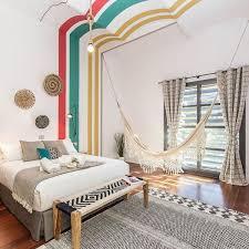 chambre originale adulte mettre de la couleur dans une chambre d adulte côté maison