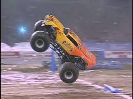 Pontiac 2002 (Show 2) | Monster Trucks Wiki | FANDOM Powered By Wikia