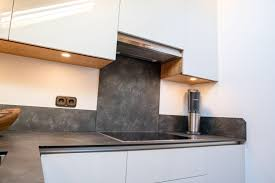 schräge sache küchengestaltung mit hochglanzfronten