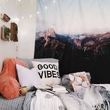 Cozy Warm Room Ideas Inspiration Decor Urban Outfitters Bedroom Aesthetics Love The Tapestry Mountains