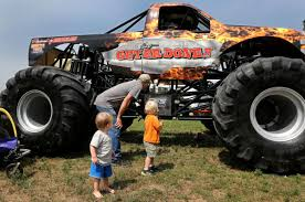 100 Monster Trucks Cleveland Families Take In The Big Rig Show Front Page Leadertelegramcom