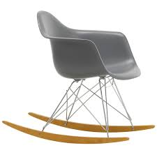 Eames RAR Rocking Chair, Granite Grey - Chrome - Maple Eames Dsw Fiberglass Chair Raw Umber Maple Vintage Rar Fiberglass Rocking Chair By Charles Ray For Herman Miller 1980s Design Market Vitra Lounge Ottoman Beauty Versions Walnut With White Pigmentation Clay 89 Cm Alinium Polished Seat Padfelt Pad Plastic Arm Chairs Dar Daw Dax Hey Sign Headline Swivel 8 Hottest Scdinavian To Get Your Interior Space Pp Light Choco Designers Tips Comfort The Table Looking The Rocking In Turquoise Sale Usedsolid Wood Ding Fniture Replica Diiiz