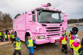 100 Pink Truck Hurum With First Pink Fire Truck In Norway Norway Today
