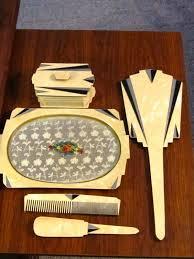 Vintage Vanity Dresser Set by 309 Best Antique Dresser Sets Images On Pinterest Vanity Set