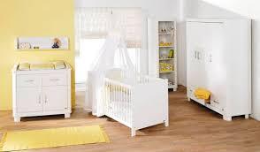 pas de chambre pour bébé chambre bebe les 3 amis famille et bébé