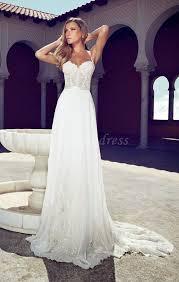S Media Cache Ak0 Pinimg originals 96 0d 2b Bride Dressed Fashion