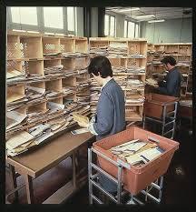 la poste bureau de poste les 32 meilleures images du tableau le bureau de poste sur