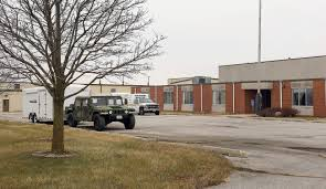 100 Linder Truck Leasing Eastern Iowa Airport Leases Former Armory Buildings The Gazette