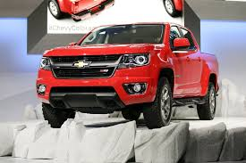 GM To Add 750 Workers To Build Small Pickup Trucks - The San Diego ... Best Small Pickup Truck 2018 Chevrolet Colorado 4wd Lt Review Power Enterprise Moving Cargo Van And Rental Frontier Midsize Rugged Nissan Usa Trucks Are Getting Safer But Theres Room For Dn2motor1comimagmglle4rgs3cheapestpic History Of Service Utility Bodies For Slide In Campers Lweight Bed Tents Reviewed The Of A Rewind Dodge M80 Concept Should Ram Build A Compact 10 Forgotten That Never Made It
