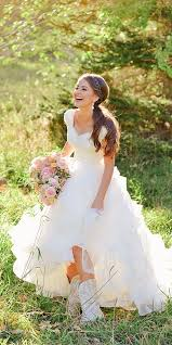 Country Wedding Dresses 24 Bridal Inspiration Style Badgndn