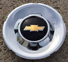 Amazon.com: 20 Inch OEM Chevy 6 Lug Chrome Plated Center Cap Hubcap ...