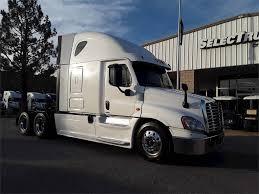 100 Freightliner Select Trucks 2015 Cascadia 125 Evolution Sleeper Semi Truck