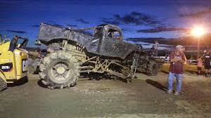 Trucks In The 252: North Vs South - Albemarle Tradewinds Image Result For King Sling King Pinterest Plowboy Mud Mega Truck Build Busted Knuckle Films About Living The Dream Racing Dennis Anderson And His Sling One Bad B Trucks Gone Wild At Damm Park Stick Impales Teen In Stomach So He Yanks It Out In The 252 Bogging For Boobies Albemarle Tradewinds Monster Jam 2016 Sicom Christians Sports Beat Going Big Fuels Monster Truck Drivers Mojo Ryan Big Block Champion 2007 May 2527 Popl Flickr Andersons Muddy Motsports 462013 Youtube Watch This Rossmite 20 Go Nuts At Insane