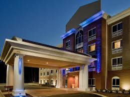Holiday Inn Express & Suites Raleigh SW NC State Hotel by IHG