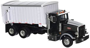 Amazon.com: Big Farm 1:32 Peterbilt Model 367 Straight Truck With ...