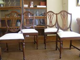 found a similar duncan phyfe style dining set that s a contender