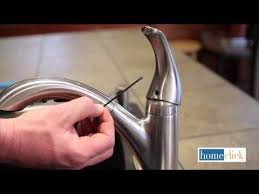 Outdoor Faucet Leaking From Bottom by The 25 Best Leaky Faucet Ideas On Pinterest Fix Leaky Faucet
