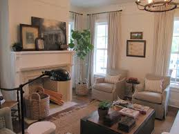 Safari Inspired Living Room Decorating Ideas by Best 25 Southern Living Rooms Ideas On Pinterest Living Room