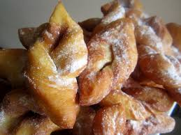 recette cuisine lyonnaise la cuisine de nad bugnes lyonnaises moelleuses beignets
