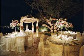 Cheap Wedding Decorations That Look Expensive by Get This Look Wedding Reception Ideas You Can Recreate For Less