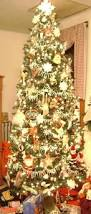 9 Ft Pre Lit Pencil Christmas Tree by The 25 Best 9ft Christmas Tree Ideas On Pinterest Traditional