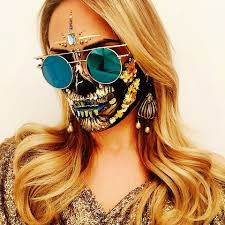 Halloween Half Mask Ideas by 85 Best Halloween Makeup Ideas On Instagram In 2017 Glamour