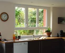 fenetre de cuisine cuisine avec porte fenetre 15132354 fenetre de toit roto fenetres