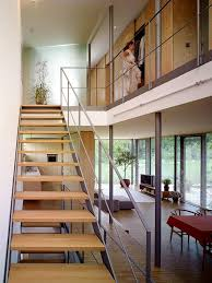 treppenhaus mit kleiner galerie bild 5 schöner wohnen
