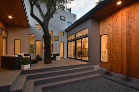 100 Modern Homes With Courtyards Bold And Ushaped Courtyard House Designed Around Trees
