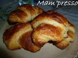 recette de croissants avec pâte feuilletée levée rapide