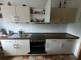 küche top zustand mit geräten und beleuchtung