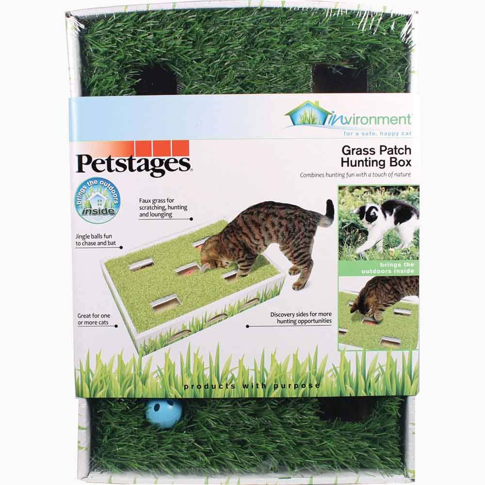 Petstages Grass Patch Hunting Box Cat Rest and Toy Play Box