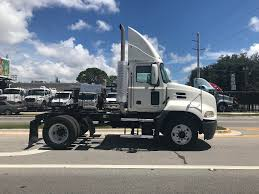 MACK SINGLE AXLE DAYCAB FOR SALE | #11184