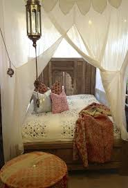 Twin Metal Canopy Bed White With Curtains by 805 Best Canopy Beds Images On Pinterest Canopy Bed Curtains