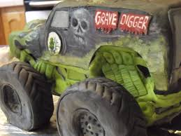 Monster Truck Cake (Grave Digger) That You Can