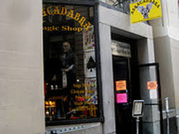 Rickys Nyc Halloween Hours by Seven Halloween Costume Shops Beyond Ricky U0027s And Spirit