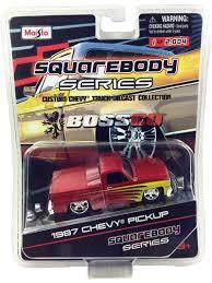 100 1987 Chevy Truck MAISTO BOSSCO EXCLUSIVE CHEVY SILVERADO 1500 METALLIC RED 1