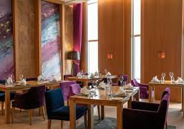 jumeirah frankfurt ab 245 hotels in frankfurt am kayak