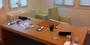 bureau de clerc dans le bureau du qg de cagne de sarkozy le lab europe 1
