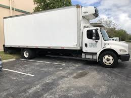 2008 Freightliner M2 106 26'ft Refrigerated Box Truck - Moecker Auctions