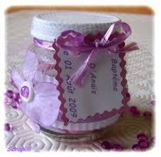 petit pot pour dragees des dragées présentées dans des petits pots pour bébé food jar