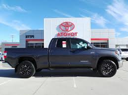 Toyota Tundra Truck Bed Cover New New 2018 Toyota Tundra Sr5 Double ... Crewmax Rolldown Back Window And Camper Shell Toyota Tundra Forum Tonneau Bed Cover Black With Heavyduty Truck Flickr Covers Toyota 2004 2015 Swing Cases Install 072019 Pace Edwards Switchblade Soft Trifold 65foot Dunks Performance A Heavy Duty On Rugged B Bakflip G2 Bakflip New 2018 Sr5 Double Lock For 072018 Toyota Tundra 55 Ft