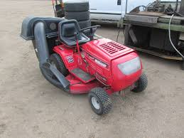 "MASTERCRAFT DELUXE 42"" MOWER 15.5HP BRIGGS & STRATTON ..."