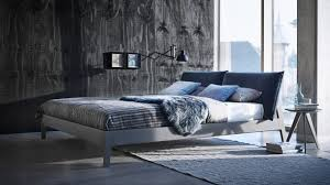 immobilien kühle farben im schlafzimmer wirken beruhigend