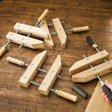 Using Wood Clamps As A Vise