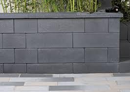 mur de separation exterieur mur novabloc gris aspect contemporain heinrich bock heinrich