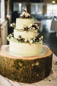 Pale Green Cake Log Flowers Berries Rural Rustic Autumn Wedding